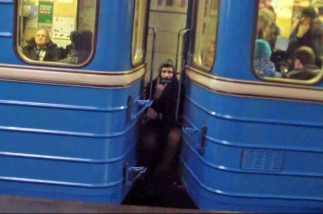 ishu-muzhchinu-intim-metro-kievskaya