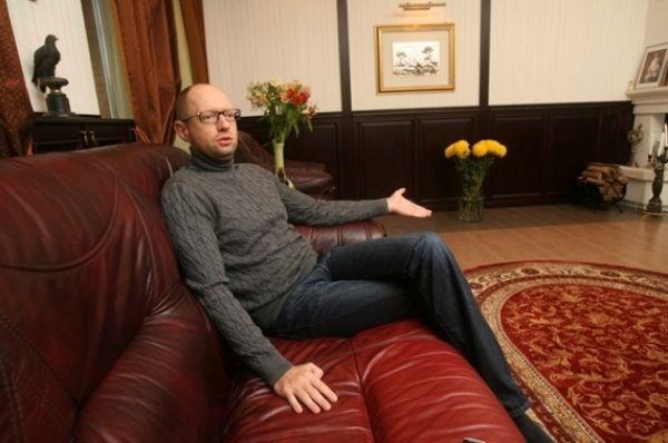 В интерьере дома Арсения Яценюка нет позолоты и статуй