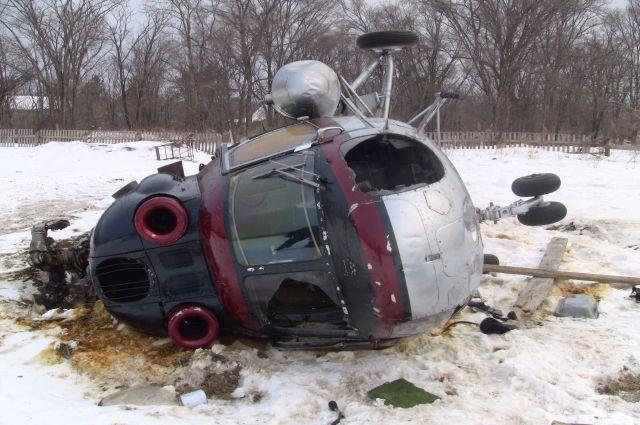 Вертолет МИ-2 задавил человека