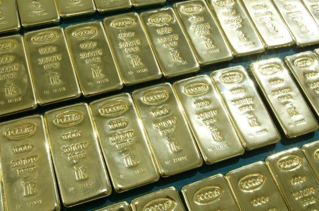 В драгоценных металлах хранить деньги выгодно.