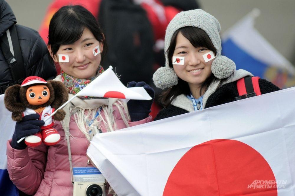 Если у европейцев Россия ассоциируется с медведями, то у японской молодежи с популярным там Чебурашкой. Как можно было не привезти его на этническую родину?