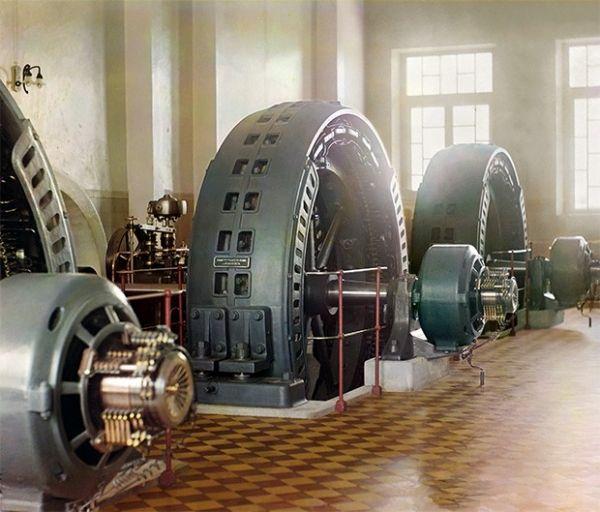 Машинный зал Гиндукушской ГЭС на реке Мургаб, 1911 год.