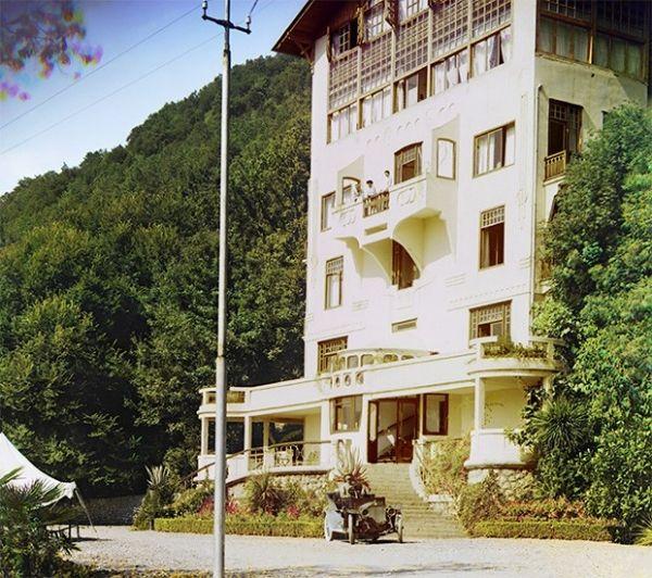 Новая гостиница в Гаграх. 1905-1915 годы.