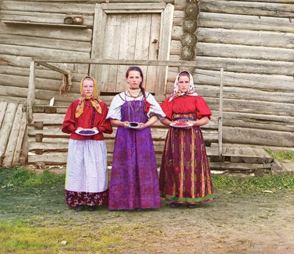 Крестьянки в деревне Горицы, 1909 год.