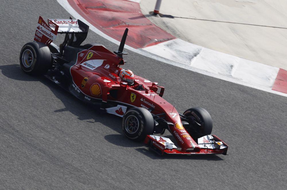 Однако в этом году Ferrari усилила состав – в пару к двукратному чемпиону мира Фернандо Алонсо в Маранелло перешёл Кими Райкконен, взявший титул в 2007 году.