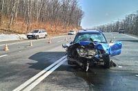 Автомобиль виновника аварии тоже серьёзно пострадал.
