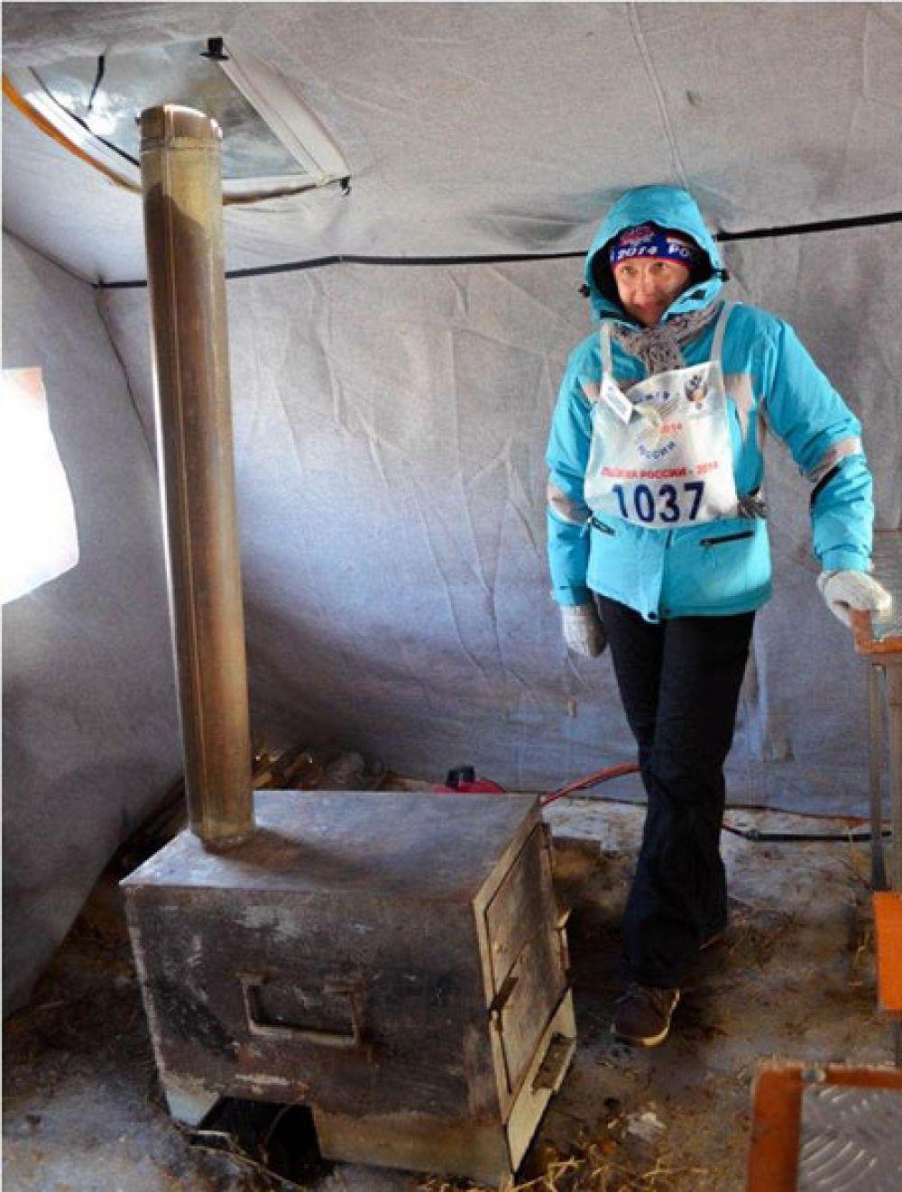 Для участников «Лыжня России-2014» были развёрнуты пункты обогрева.