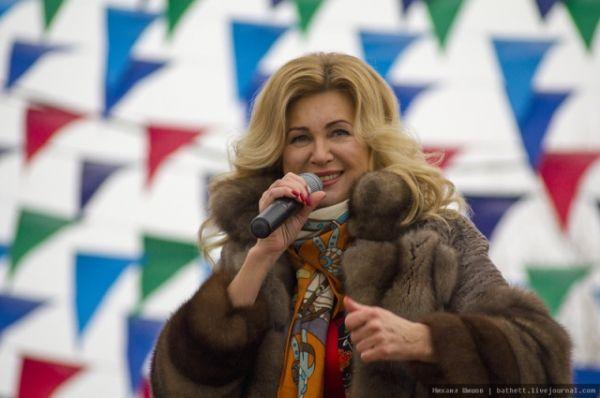 Певица Вика Цыганова - приглашенный гость праздника.