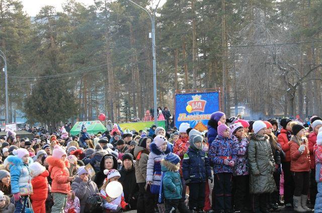 Челябинск «по-царски» отпраздновал Масленицу