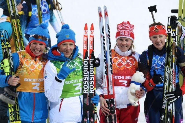 Команда российских биатлонисток, взявшая серебро в эстафете на Олимпиаде в Сочи.