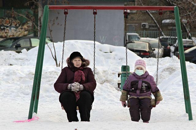Ученики девяти классов в шести школах Челябинска ушли на карантин