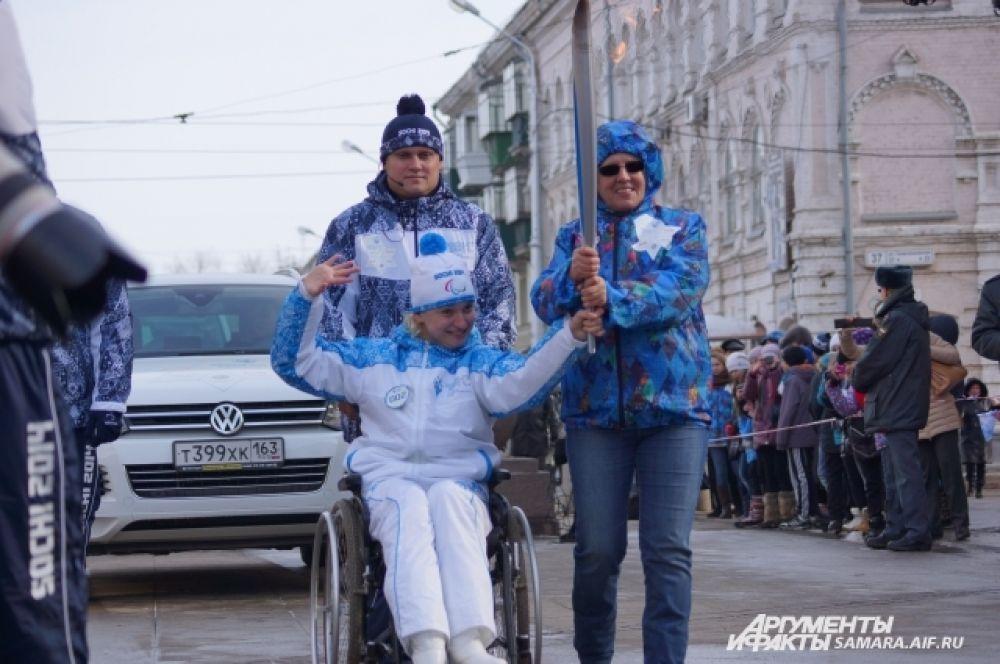 Многократная чемпионка России по плаванию спортсменка-колясочница Яна Костина