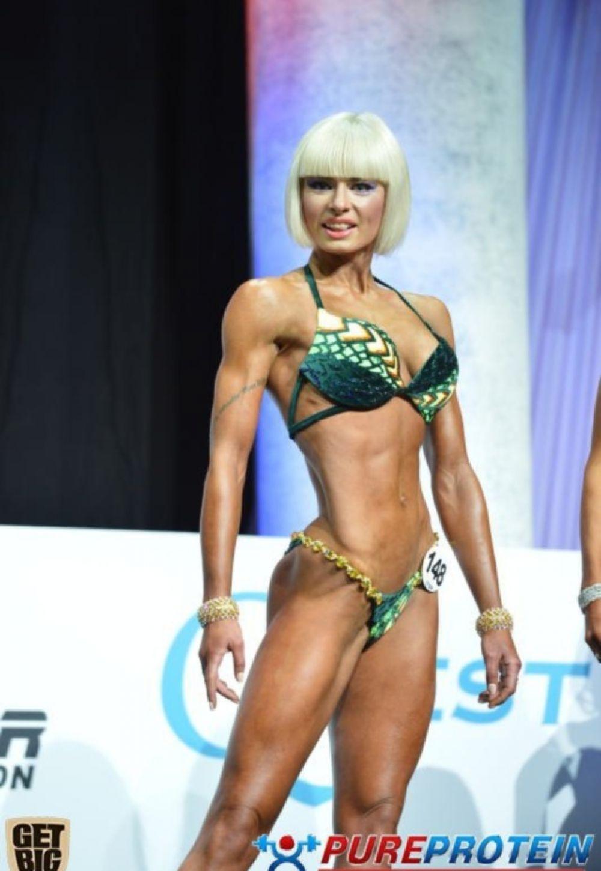 Украинка Ольга Вязметинова соревновалась в фитнес-бикини до 169 см