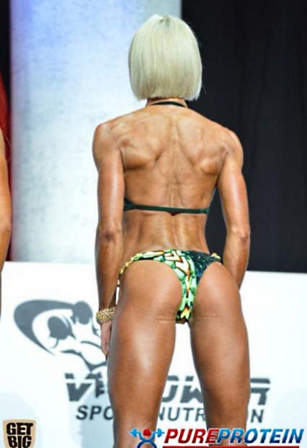 Ольга Вязметинова из сборной Украины выступала в категории фитнес-бикини