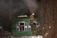 В сгоревшем доме обнаружили тела 4 человек.
