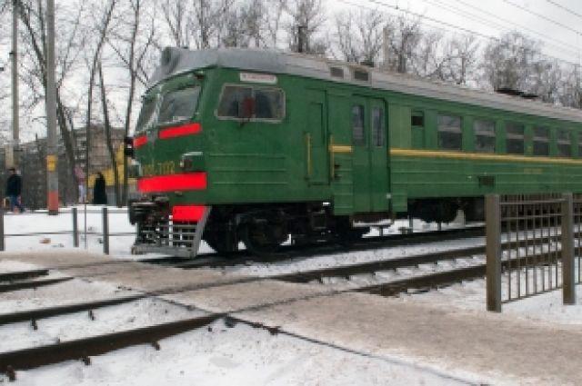Поезд остановить сложнее, чем автомобиль.