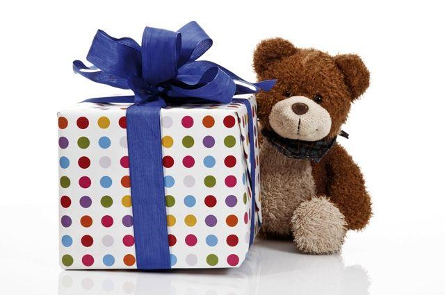 Когда деньги приумножаются сами, подарков можно покупать больше.
