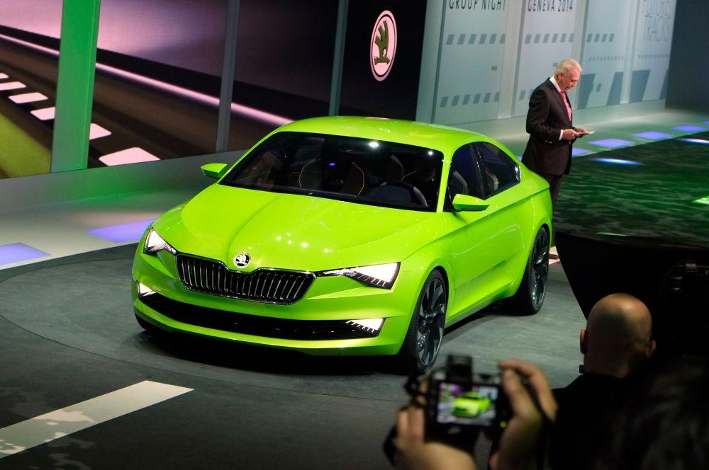 Skoda показала концепт Vision C. Правда, ждать появления линейки серийных автомобилей на базе Vision C не стоит – это лишь пример новой концепции дизайнеров чешской марки.