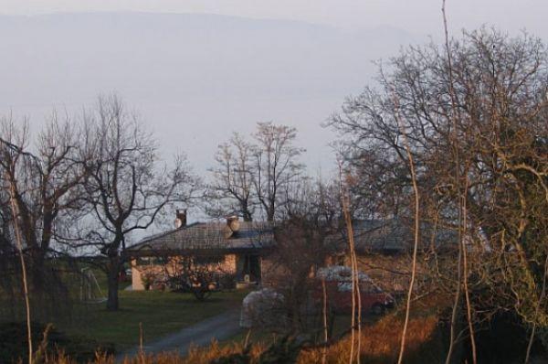 Дом Коломойского расположен на французском побережье Женевского озера