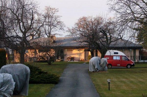 Дом бизнесмена находится вблизи городов Тонон и Эвиан - курортов, которые дали название известным минеральным водам