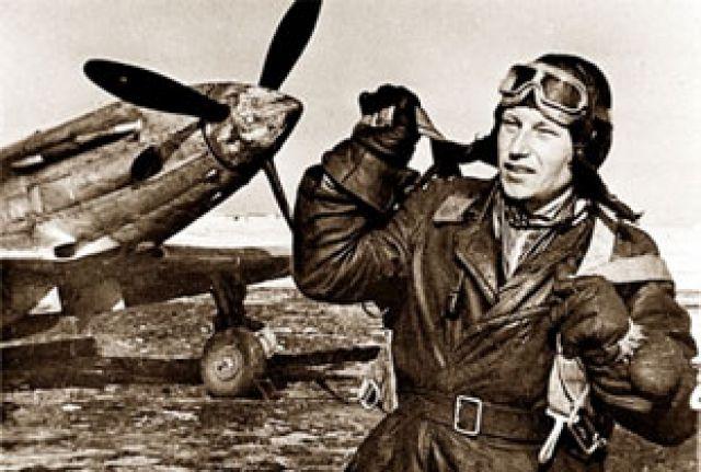 Александр Покрышкин, 1942 год.