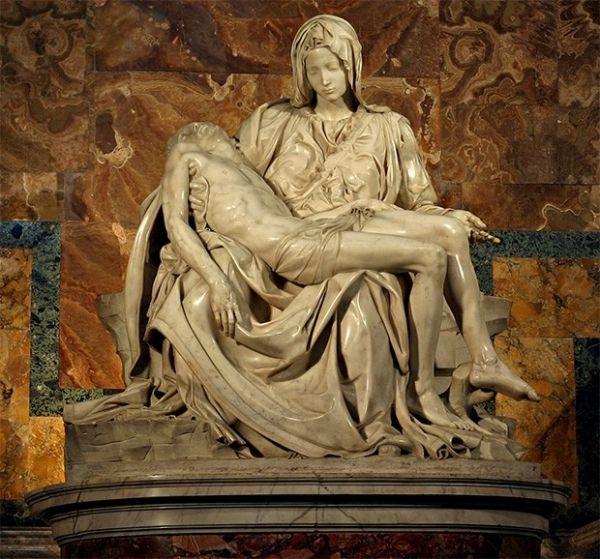 Эта работа стала первой пьетой для Микеланджело, оставшись, по мнению многих критиков, также и самой выдающейся. «Оплакивание Христа» — единственное произведение, которое Микеланджело подписал. Сейчас копии этой статуи стоят во многих католических храмах.