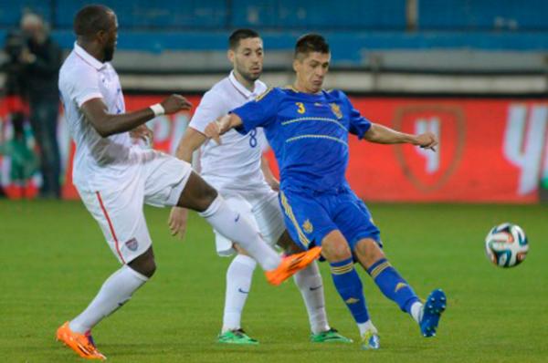 Украинцев удалось выдержать натиск американских футболистов