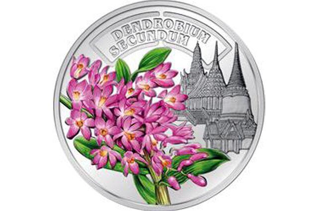 Монеты с изображениями цветов – в подарок на 8 Марта