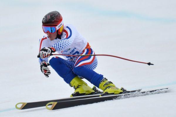 Горнолыжник Алексей Бугаев завоевал «бронзу» в супергиганте в категории «стоя». Для Бугаева эта медаль стала уже второй на Играх в Сочи.