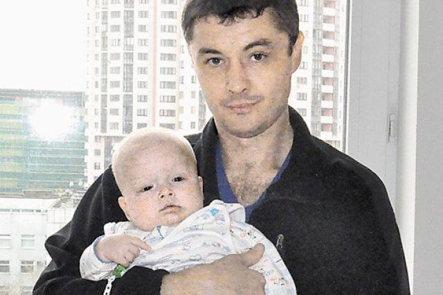 Егор Сергеев с папой.