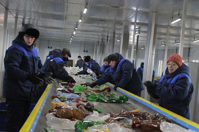 В Екатеринбурге установили 189 контейнеров для дуального сбора мусора