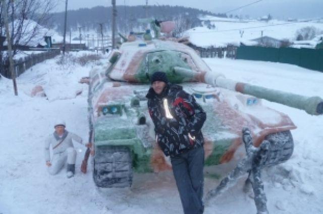 В Кусе сделали копию японского танка STB-1 из снега