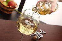 В Омске хотят запретить продавать алкоголь в ларьках общепита.