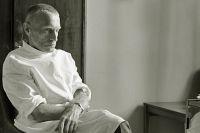 Советский хирург, академик, профессор Украинского научно-исследовательского института туберкулеза и грудной хирургии Николай Михайлович Амосов после операции. 1980 год.