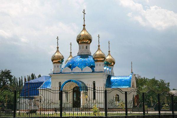 Храм Равноапостольных Константина и Елены, Красногвардейский район, село Еленовское
