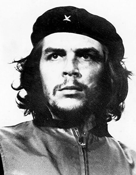 В 1960 году репортер Альберто Корда на митинге на Кубе сделал фотографию Че Гевары, которая позже стала одним из самых растиражированных символов.