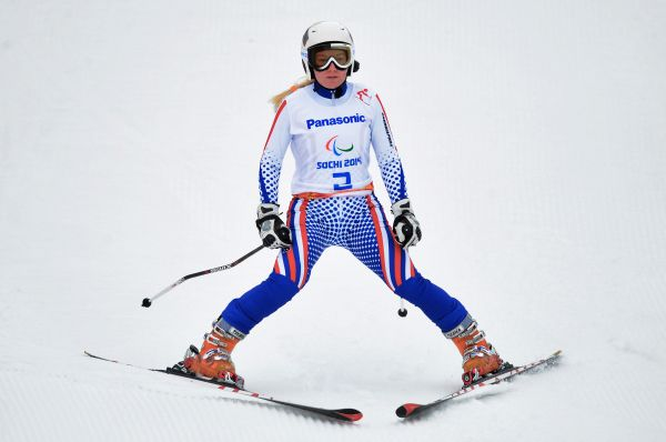 Александра Францева стала чемпионкой Паралимпийских зимних игр в суперкомбинации среди спортсменок с нарушением зрения, принеся паралимпийской сборной России 21-ю золотую медаль.