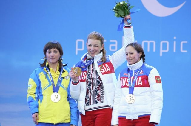Наталья Братюк (справа) - бронзовая медаль.