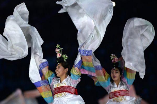 В Сочи снова состоялось красочное шоу, призванное подчеркнуть всё великолепие и масштаб прошедших соревнований.