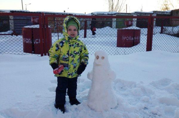 Снеговик-Каспер.