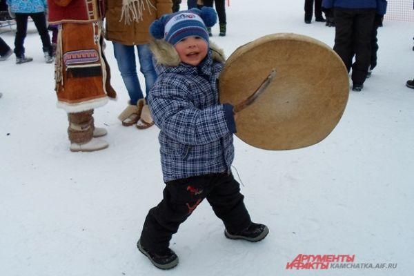 Первенство Камчатского края по ездовому спорту - самое ожидаемое событие дня.