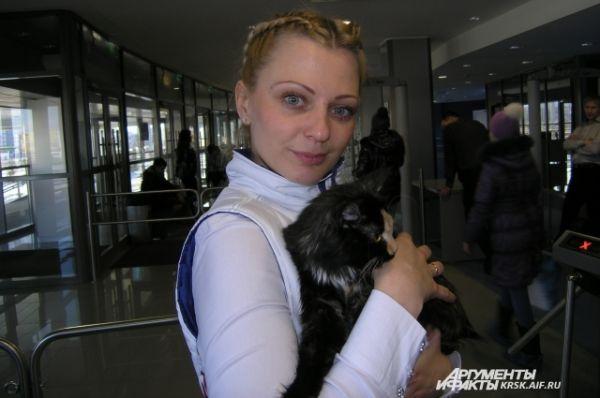 Представитель  Регионального центра спортивных сооружений Елена Белинская любит кошек.