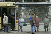 Проезд на одном омском автобусном маршруте поднялся до 18 рублей.