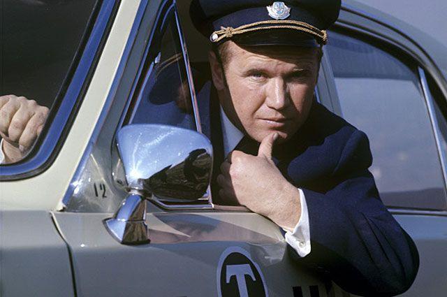 Водитель такси Юрий Комарный. 1974 год.