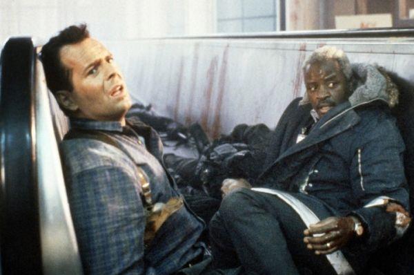Однако от рук Джона МакКлейна, главного героя франшизы «Крепкий орешек», в пяти фильмах погибло около 70 человек. Рекорд МакКлейна – 23 трупа во второй части.