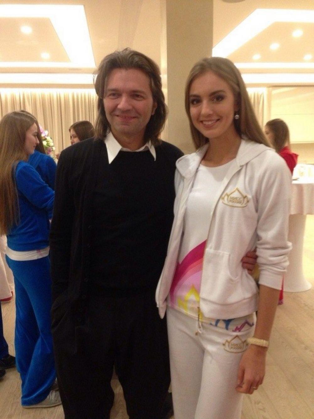 С Дмитрием Маликовым в перерыве между конкурсами.