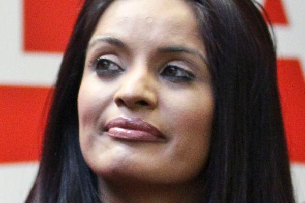Руби Дхала начала политическую активность в раннем возрасте – уже в десять лет она написала письмо премьер-министру Индии Индире Ганди с просьбой остановить военные действия в Пенджабе, когда в 1984 году там была проведена операция национальной армии против засевших в храме Хармандир-Сахиб сикхских боевиков.  Дхала родилась в Виннипеге в семье иммигрантов из Индии и в 2004 году была избрана в Палату общин Канады.