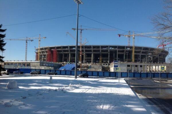 По мнению Вадима Тюльпанова, стадион готов только на 35%.