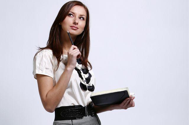Хороший секретарь увеличивает эффективность труда своего начальника.
