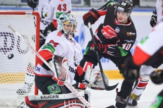Первый матч полуфинальной серии Кубка Надежды: «Авангард» против «Трактора».